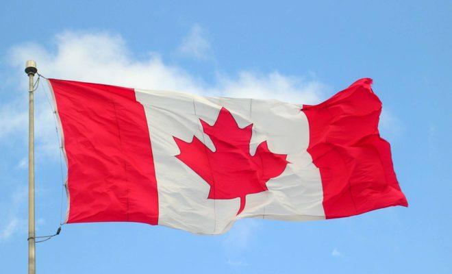 https://en.wikipedia.org/wiki/Flag_of_Canada