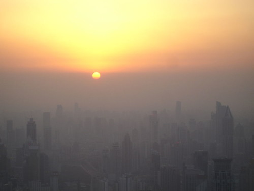 https://commons.wikimedia.org/wiki/File:Shanghaiairpollutionsunset.jpg