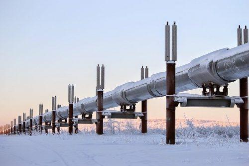 Alaska pipeline winter